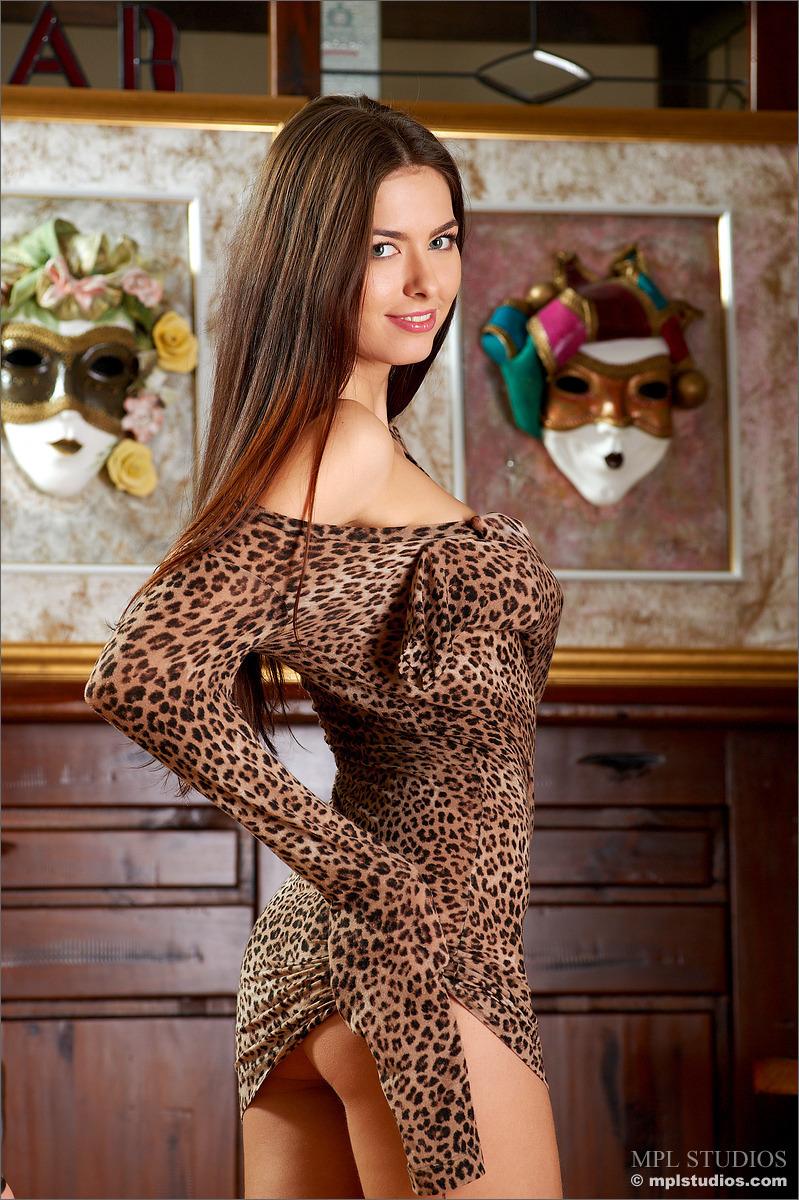 Проститутки в леопардовом