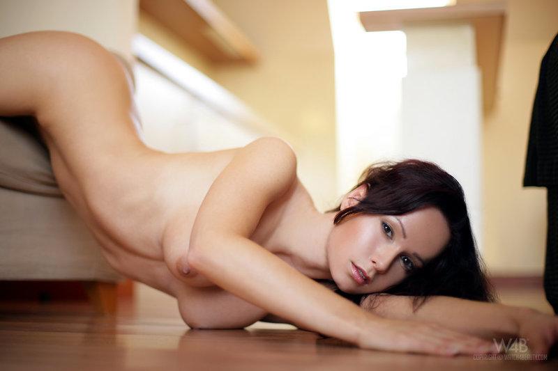 zhena-lyubit-gruppovoy-seks-pornovideo