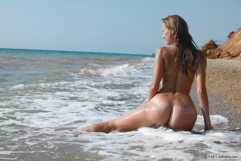 Эротика на пляжах 25 фотография