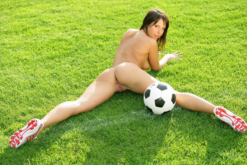 Секс с учительницей физкультуры 21 фотография