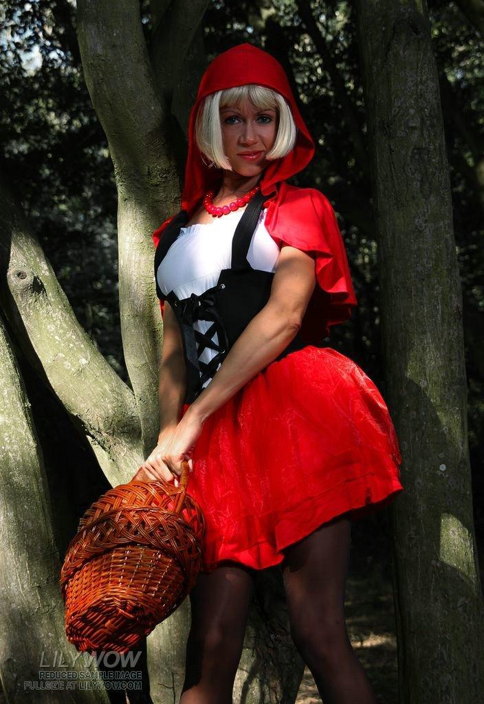 Красные шапки: порнография фото 356-449