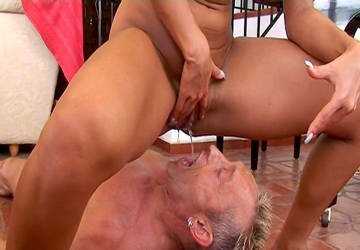 порно кончающие дамы в рот парням стройная