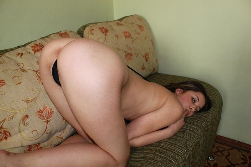 Фото порно модели в стрингах 4 фотография
