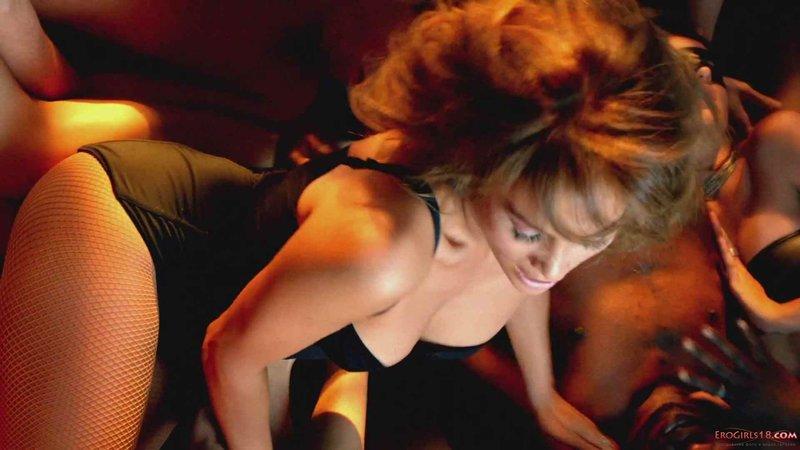 Самые сексуальные клипы наших знаменитостей 1 фотография