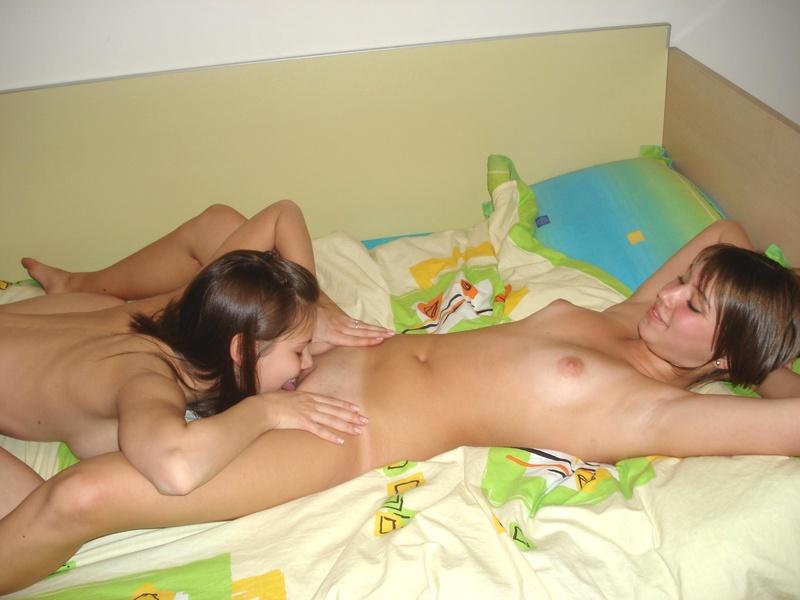 Русские молодые девушки лезбиянки 11 фотография