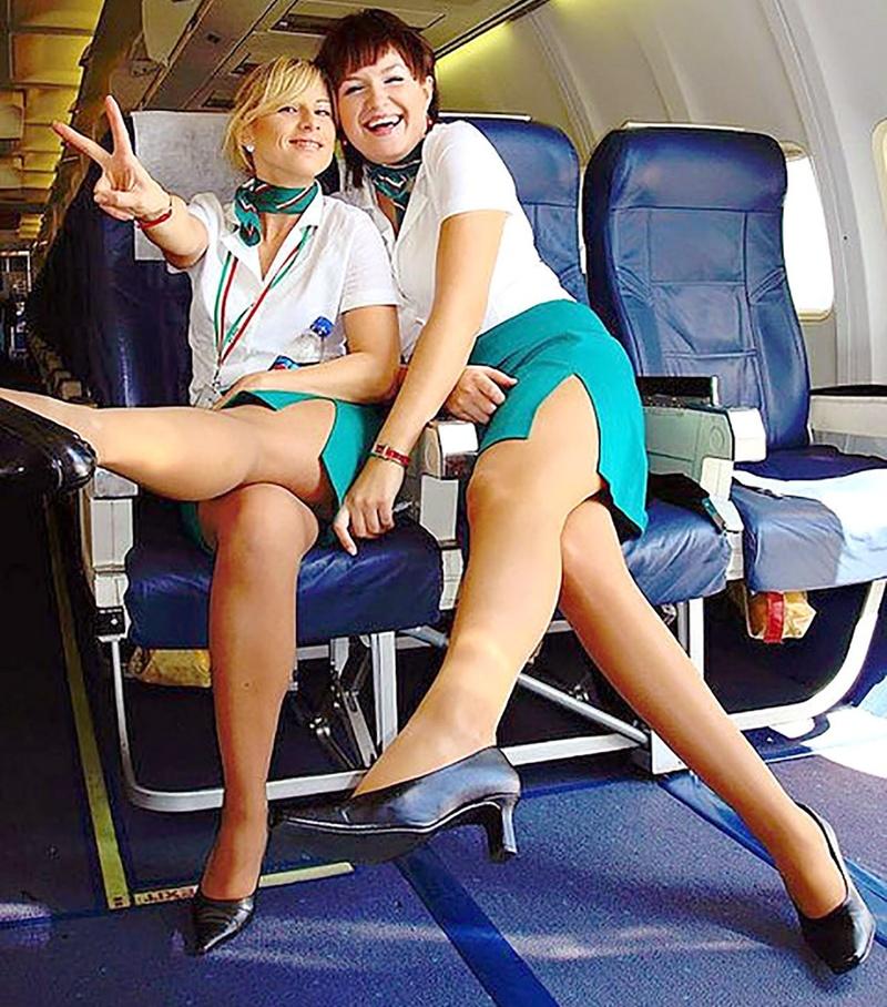 Стюардессы шалят фото 16 фотография