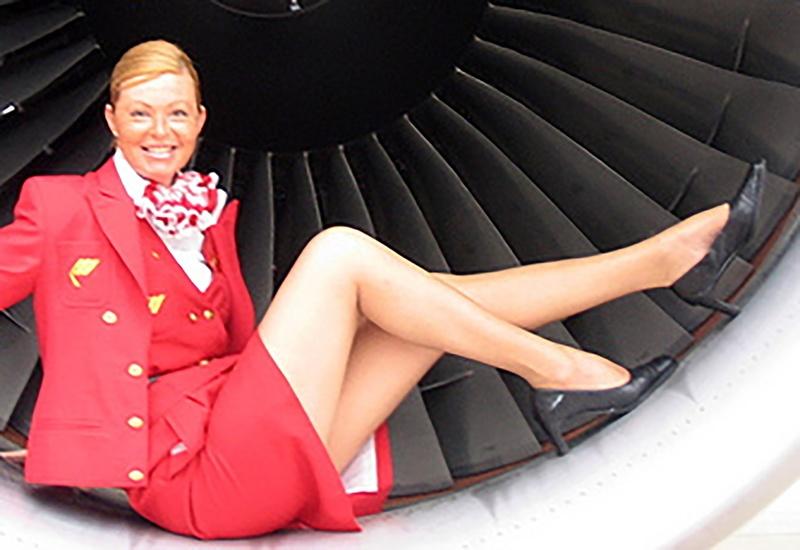 Заснято под юбкой у стюардесс аэрофлота