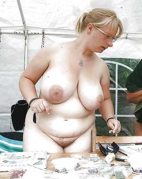 большие или длинные соски женщин фото порно