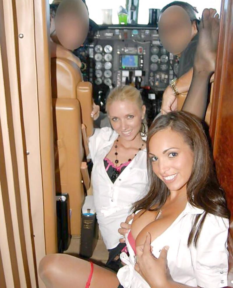 Фото еротичні стюардеси 16 фотография