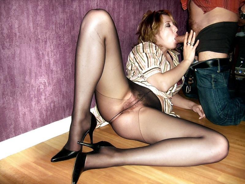 Домашнее видео секс в колготках разделяю