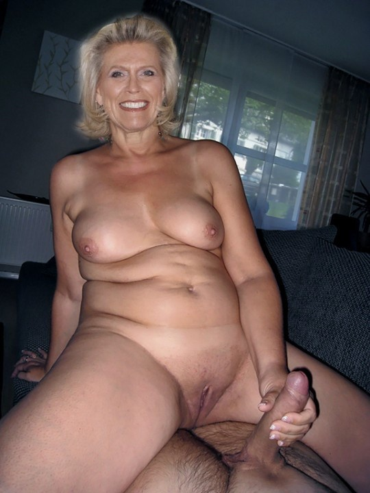 фото порно бабушка сидит на члене