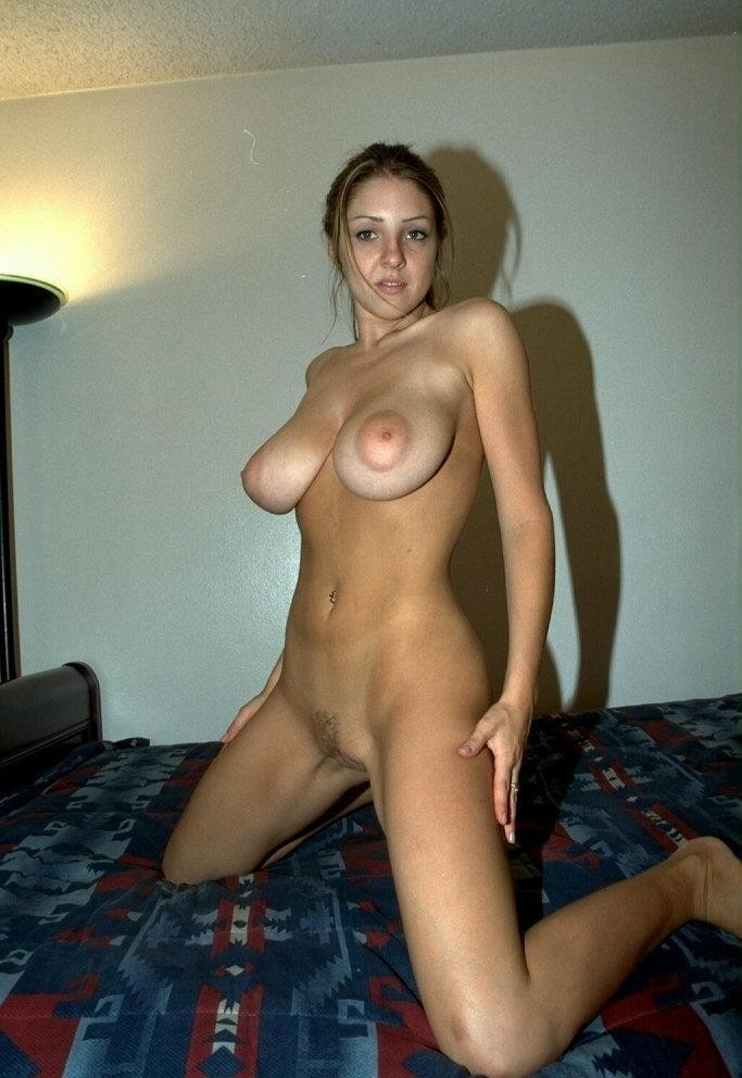 девушками частное ню с большой грудью этого