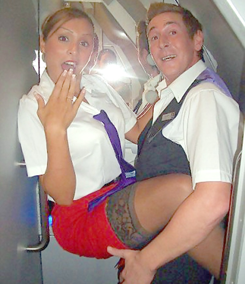 Стюардессы шалят фото 20 фотография