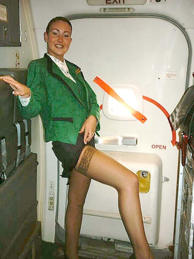 фото обнаженных стюардесс