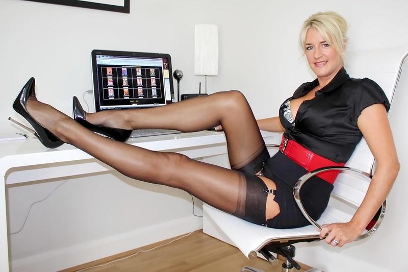 Фильм онлайн секс с секретаршей отличная