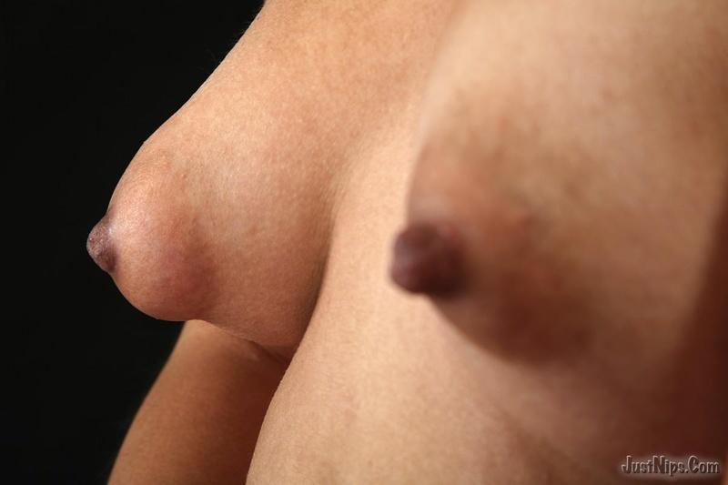 Фото порно груди набухшие