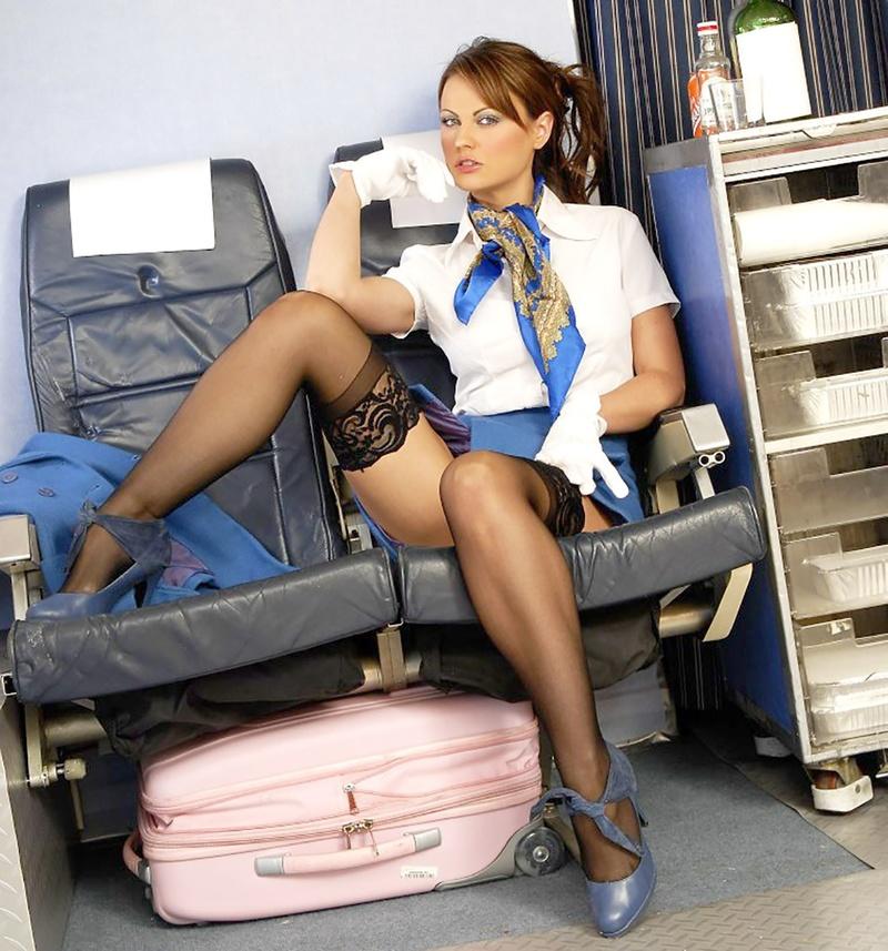 захочет заниматься стюардесса светит пизду те
