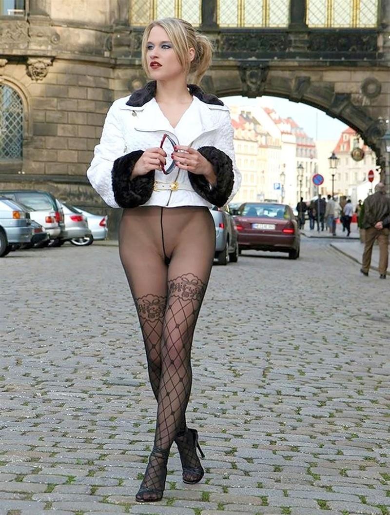 сексуальные жены на улице фото