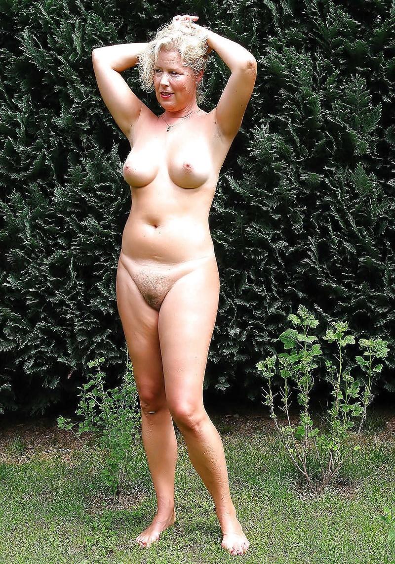 Дамы в возросте голые в контакте