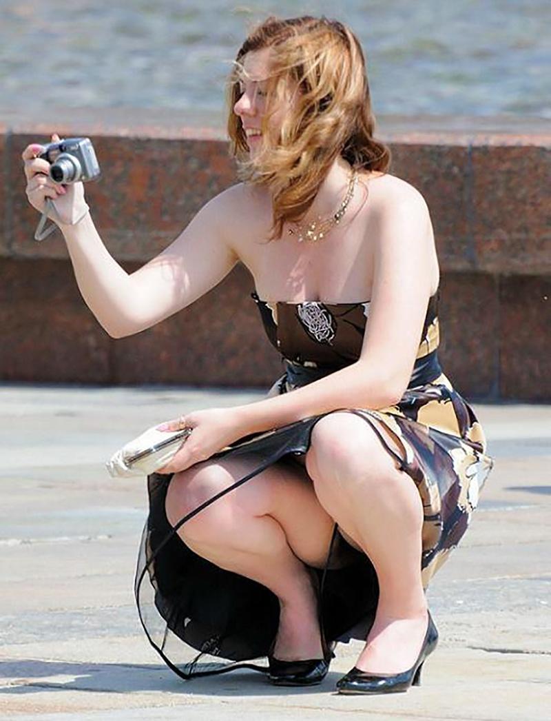 Фото сидячих засветов девушеа 25 фотография