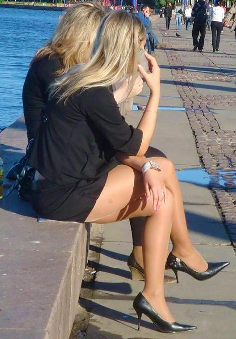 выкладываем красивые ножки засветы все