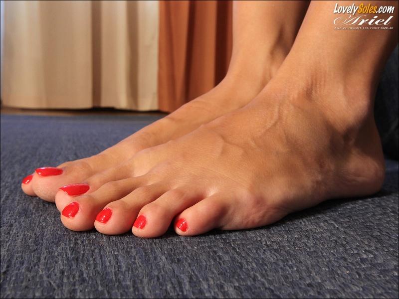 молчите столько видео женских пальчиков ног все нарушают правила