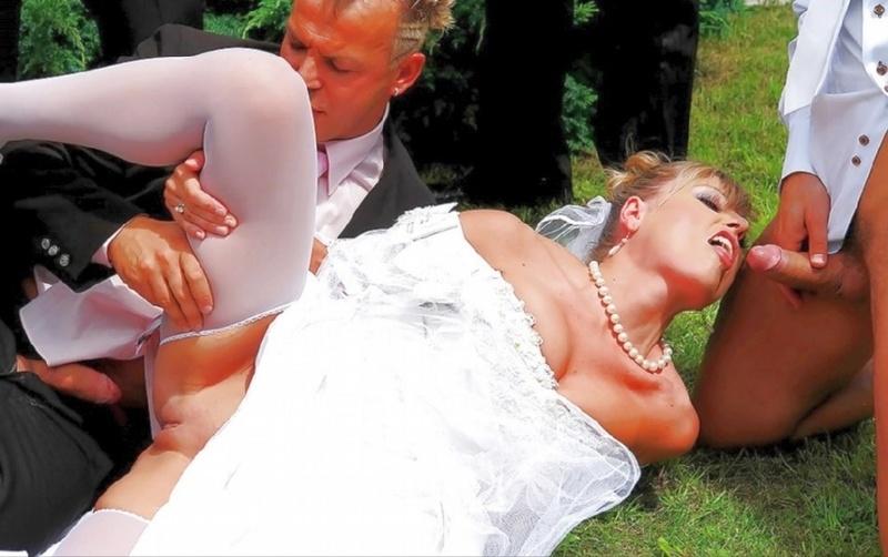 Жениха связали невесту выебали