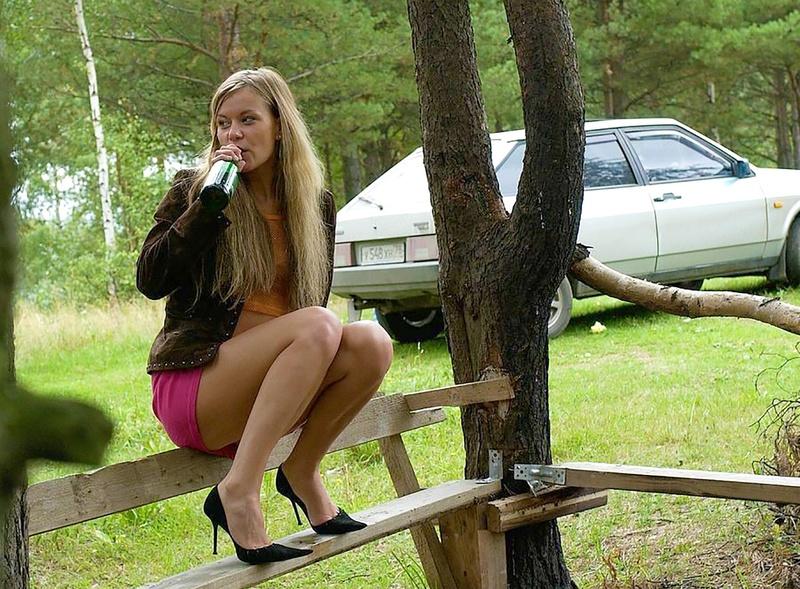 Пьяная женщина ссыт онлайн 19 фотография