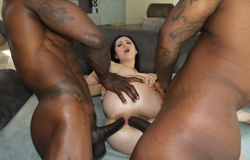 Blacks and whites sex