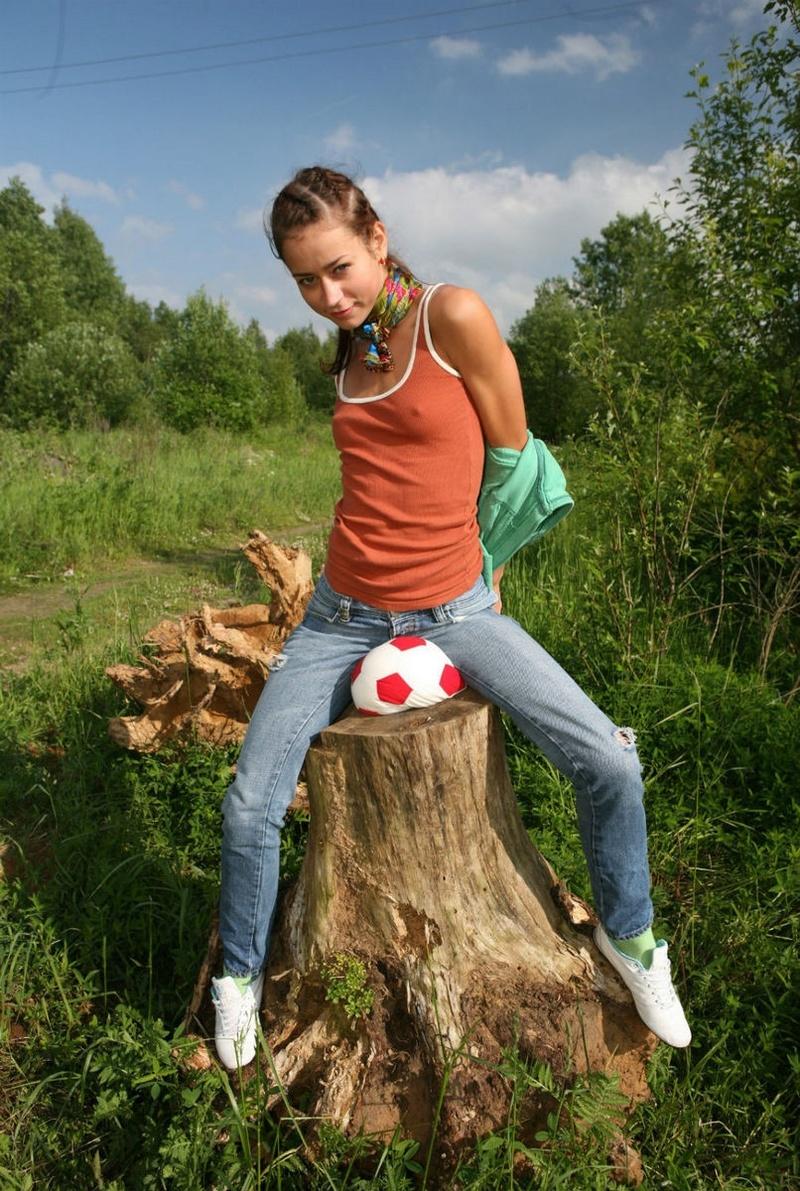 Соски в лесу 19 фотография