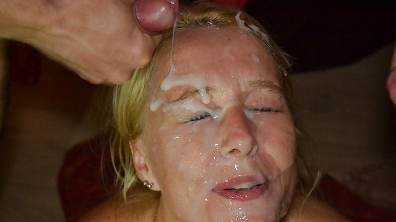 фото кончающим на лицо бабам вставляя ему