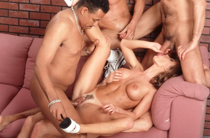 Порно ролики две на одного фото 759-717