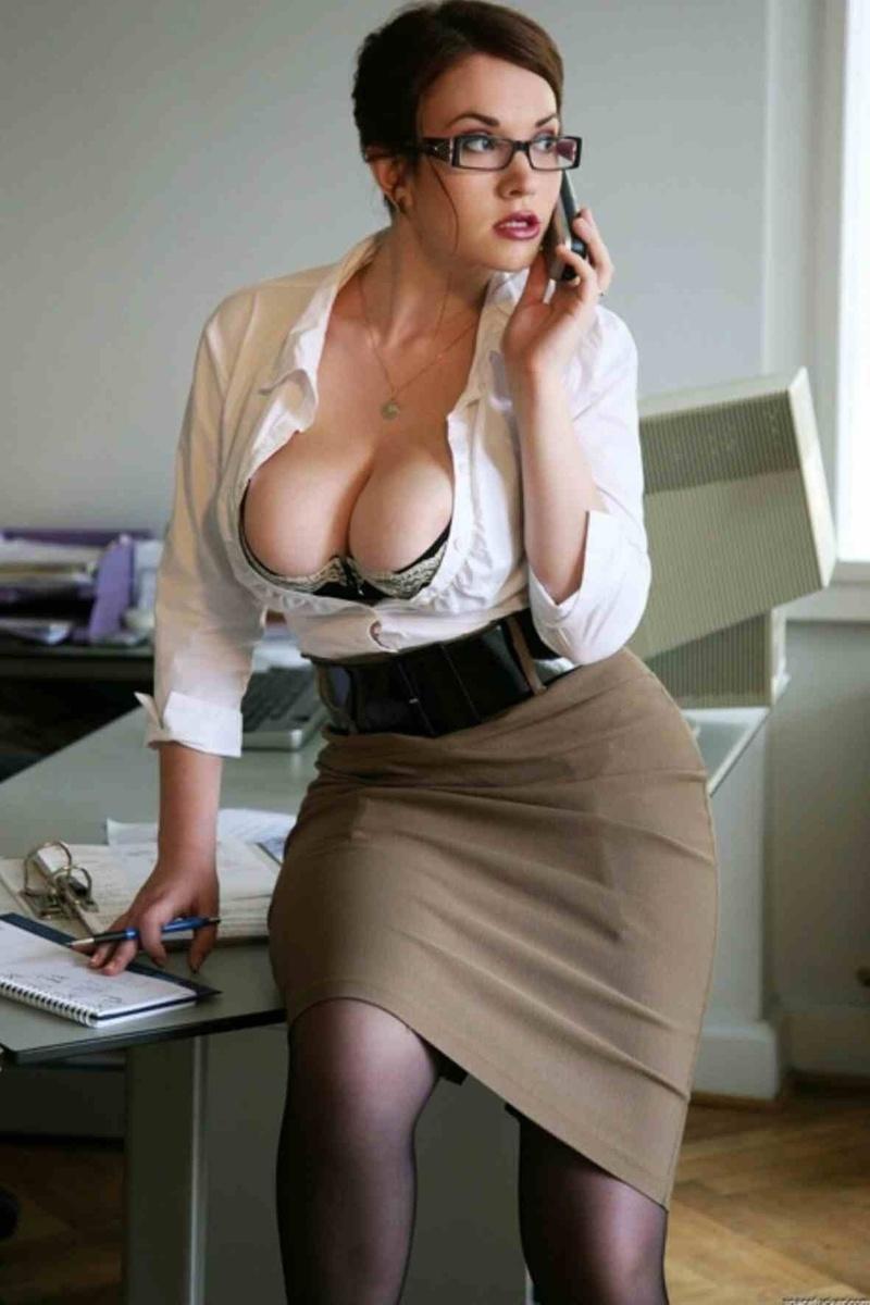 Смотреть порно бедная секретарша 24 фотография