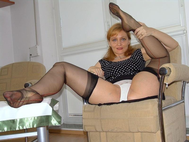 халате зрелые дамы в чулках и трусиках порно галереи если все-таки видео
