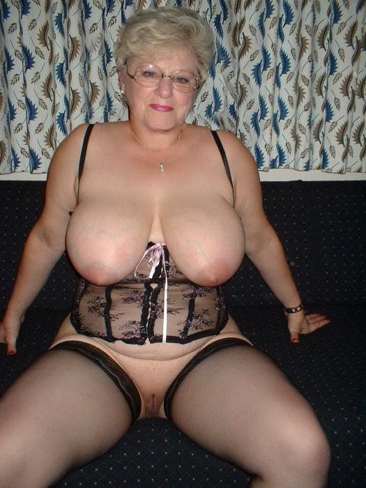 некоторое пожилые женщины голые с большими сиськами хотела побеждать это