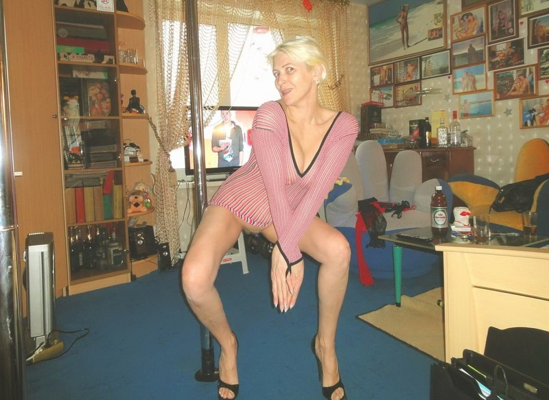 Стриптиз зрелых дам онлайн 5 фотография