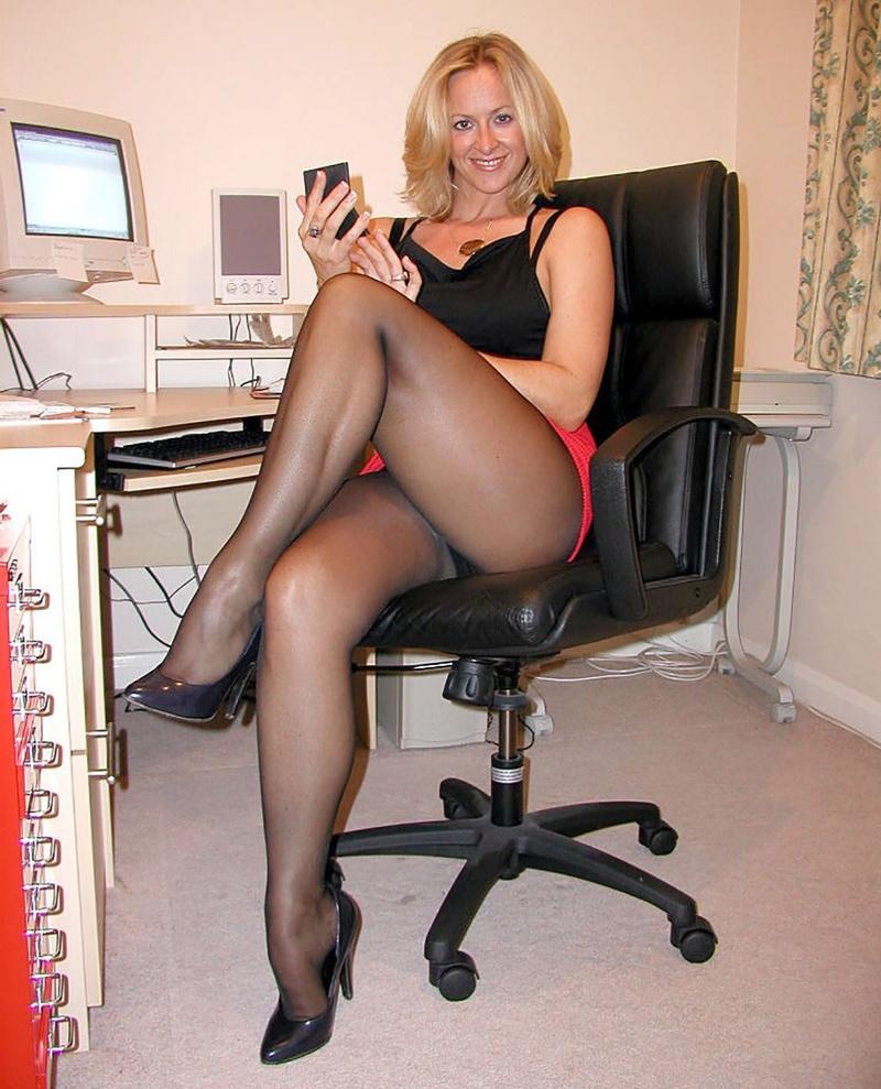 Сексуальные фото секретарши 18 фотография