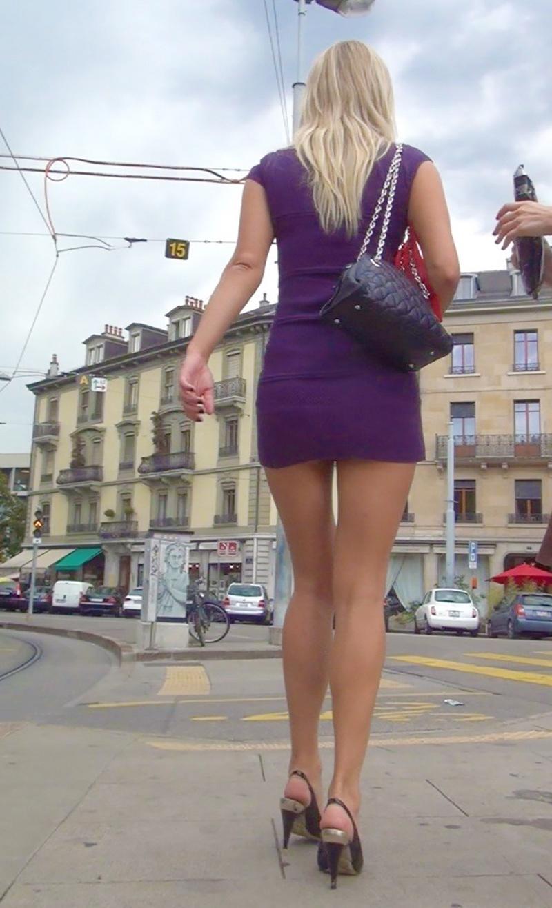 увиденное фото в юбке на улице частное фото порно молодой