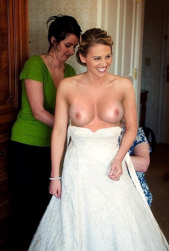 одетые лесбиянки фото