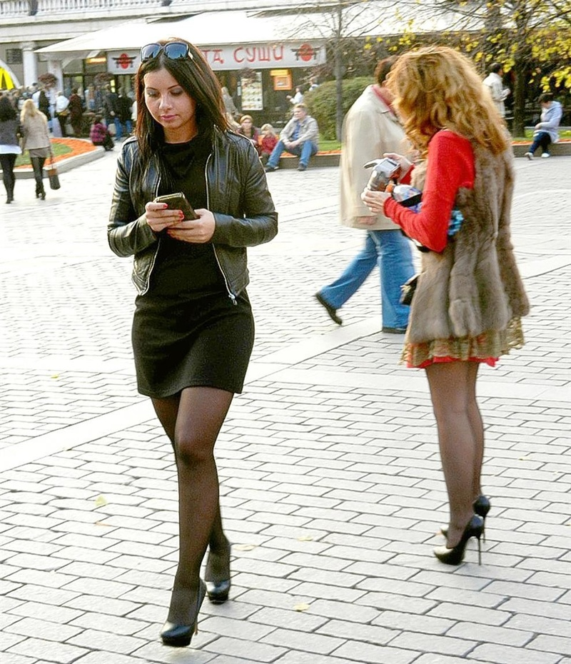 Real Russian Females In Public Heels Boots Palimas 1