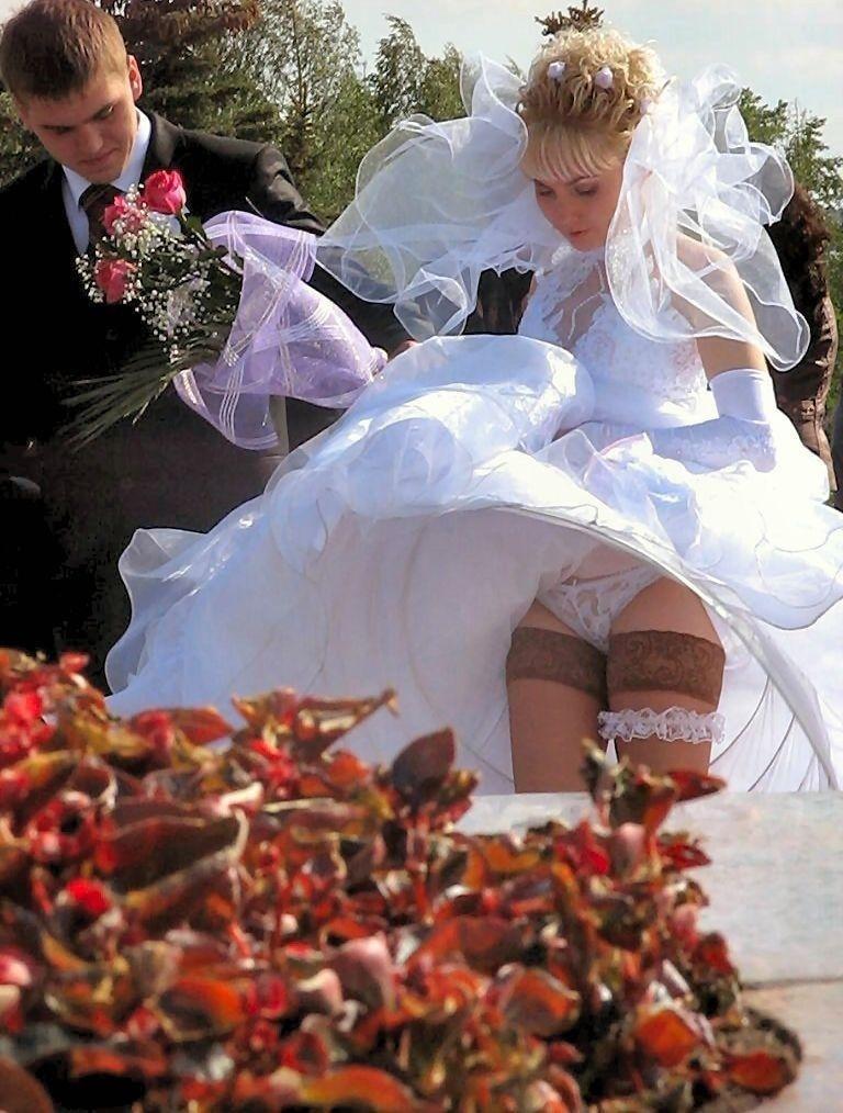 свадебные приколы без трусов положил
