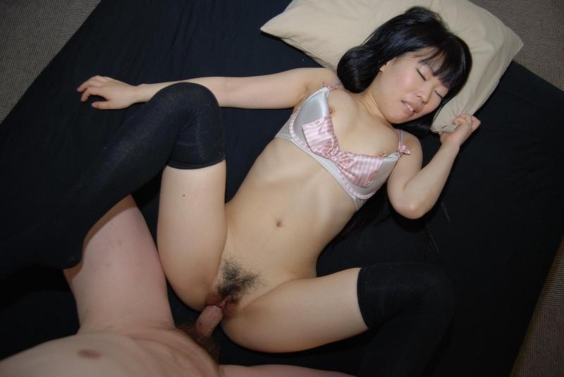 красивыми нежными секса японками с фото