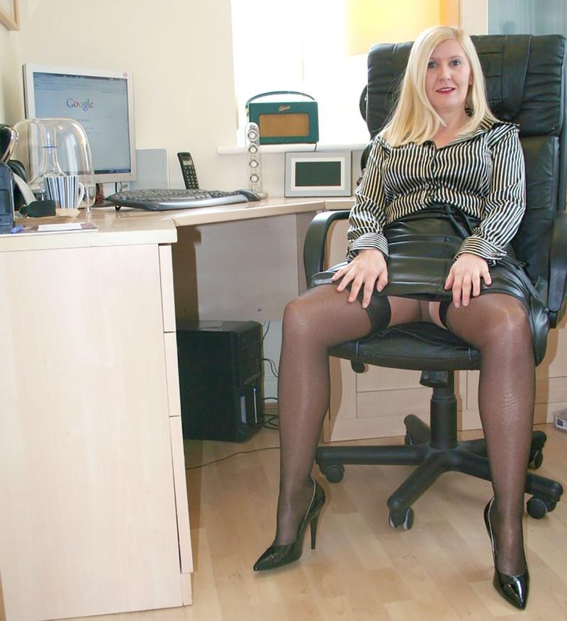 порно в деловых костюмах