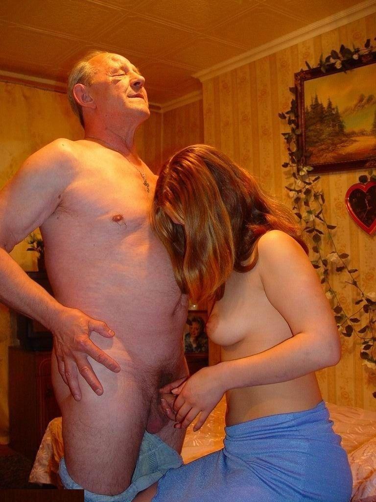 Дед проститутку с старый развлекается