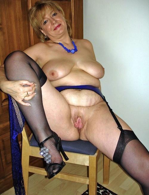 Пожилые огромная грудь фото 98-625