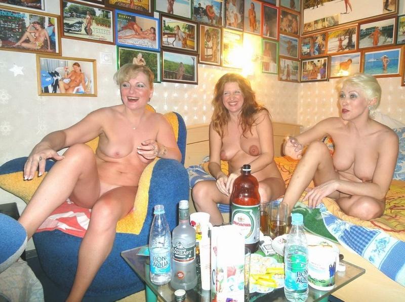 Русские пьяные голые бабы 3 фотография