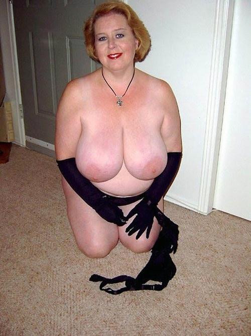 пожилые огромная грудь