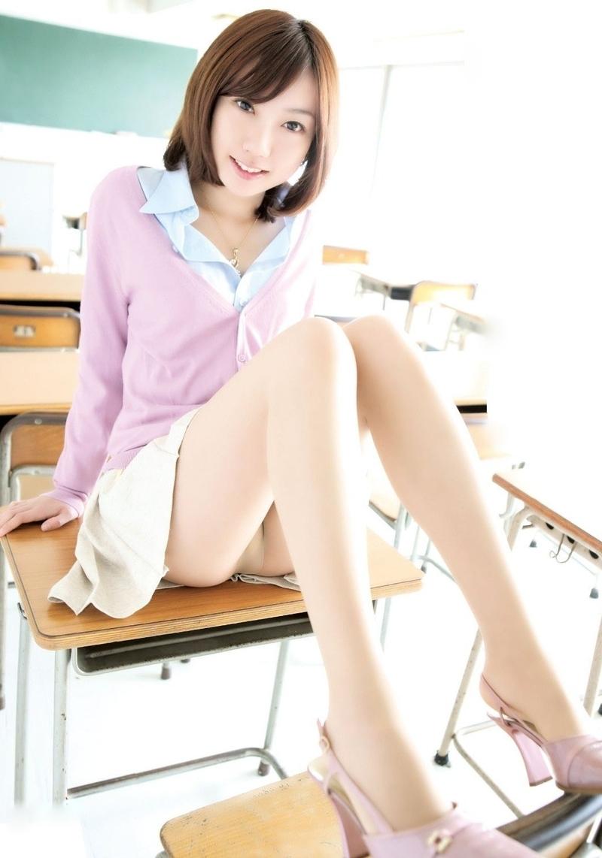 Сексуальная японская учительница 10 фотография