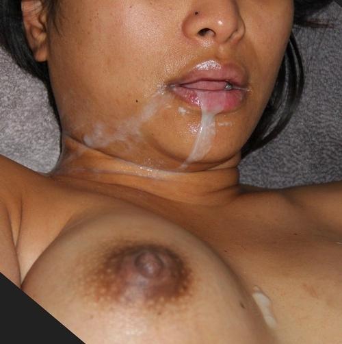 сперма вытекает изо рта фото