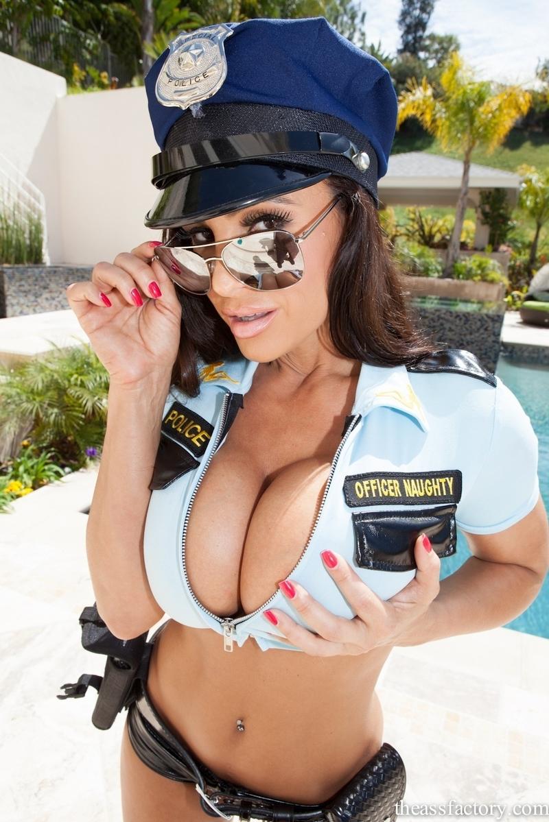 Эротика с полицейскими